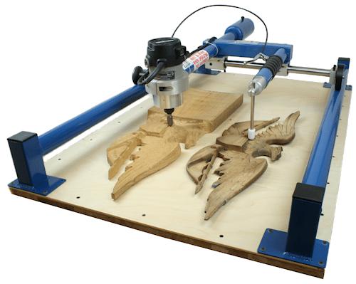 При достаточно простом устройстве такие агрегаты способны воспроизводить очень сложные изделия из дерева.