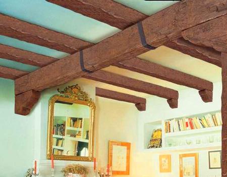 Картинки по запросу декоративные потолочные балки из полиуретана