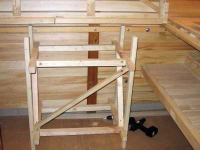 Пример изготовления дачной мебели из деревянного бруска
