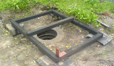 Пример установки ростверка туалета
