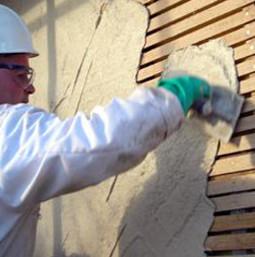 Профессиональное оштукатуривание деревянной стены