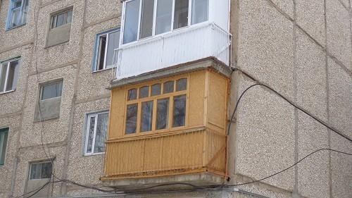 Проветривание осуществляется только с фронтальной части балкона