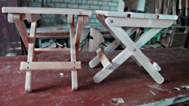 Раскладные стулья из дерева