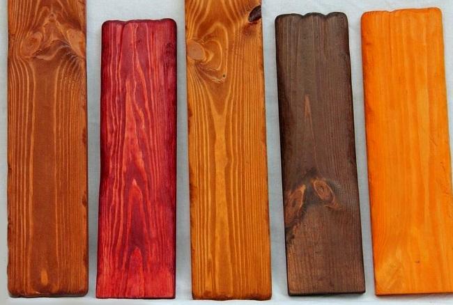 Разные виды морилки для дерева дают различный результат.