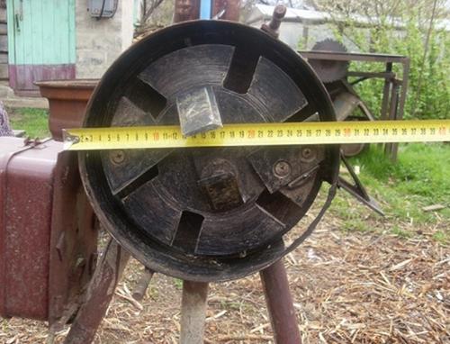 Режущий элемент дискового измельчителя