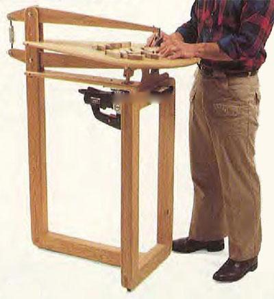 Самодельный электрический лобзик с рабочим столом