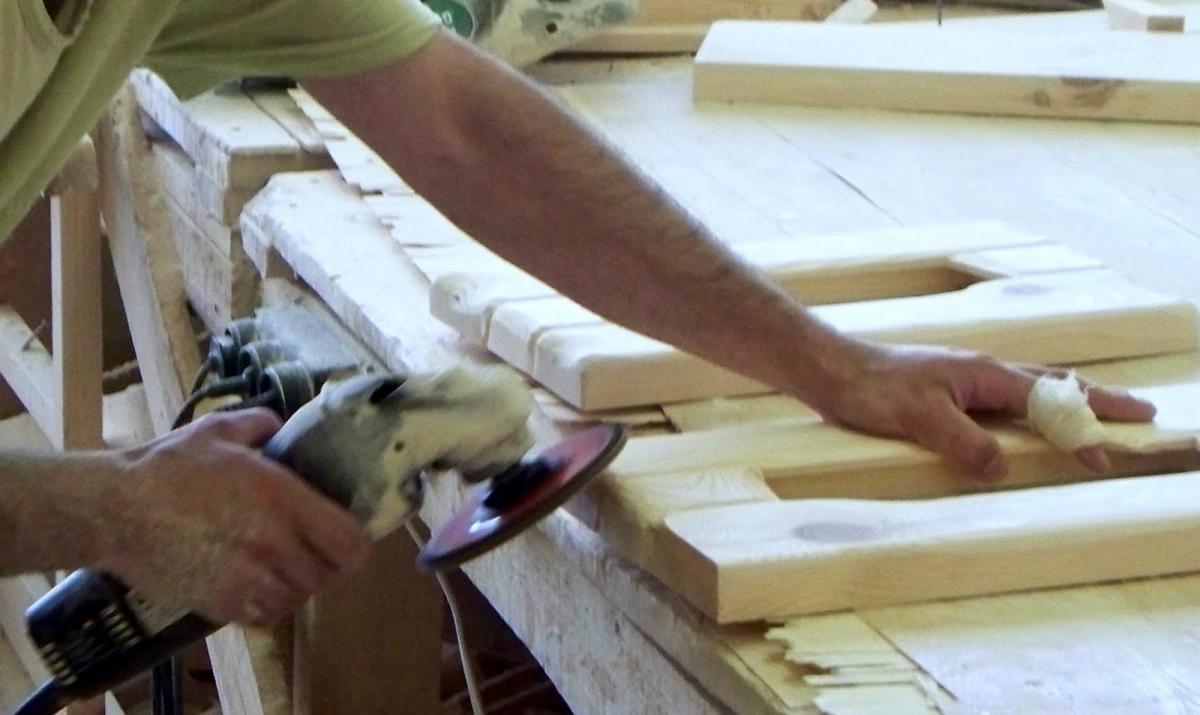 Шлифовка отдельных деревянных деталей
