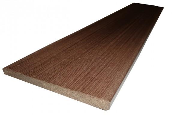 Сплошная панель из древесно-полимерного композита