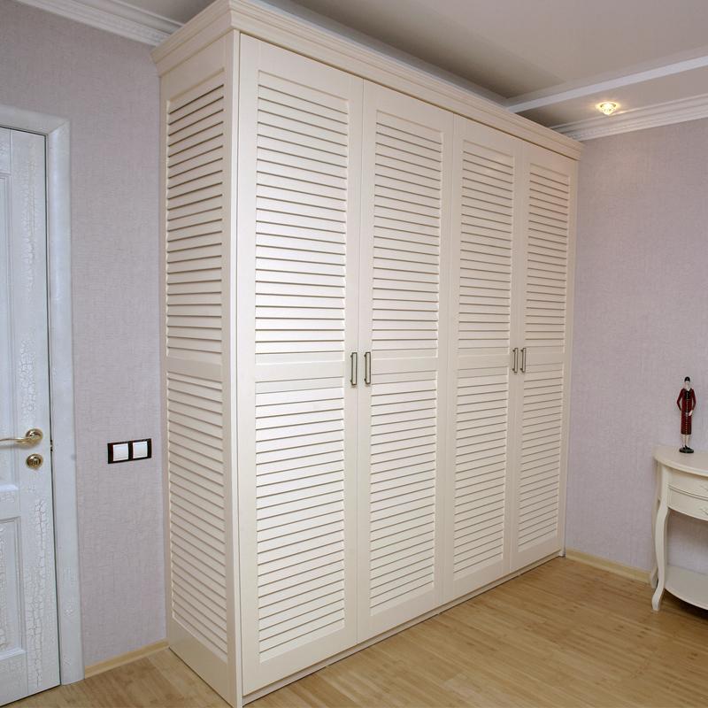 «Вентилируемая» мебель позволяет избежать появления неприятных запахов на одежде