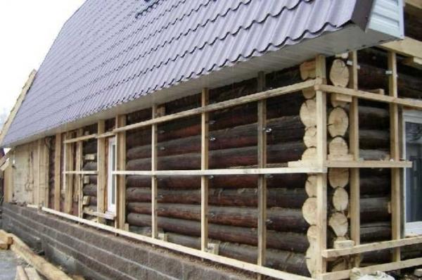 Вентилируемый фасад с каркасом из дерева