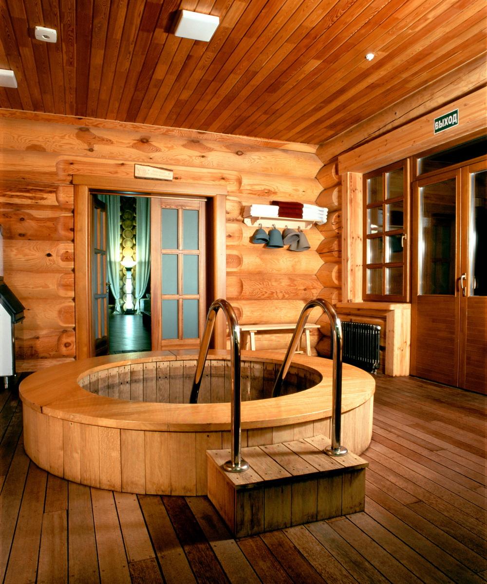Внутреннее убранство бани.