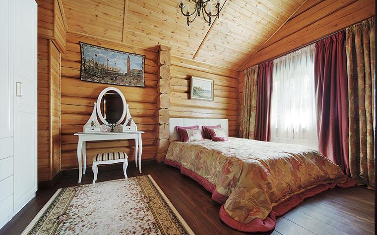 Внутренний дизайн деревянного дома – спальня