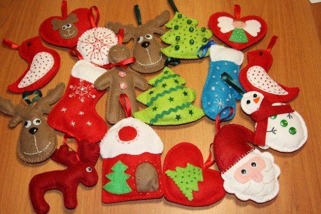 Задекорированные игрушки на елку своими руками из фанеры